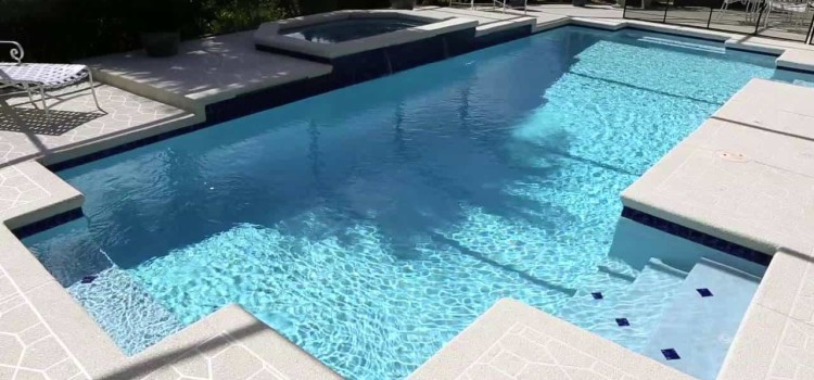 Get Yourself a Pebble-Bottom Finish Pool